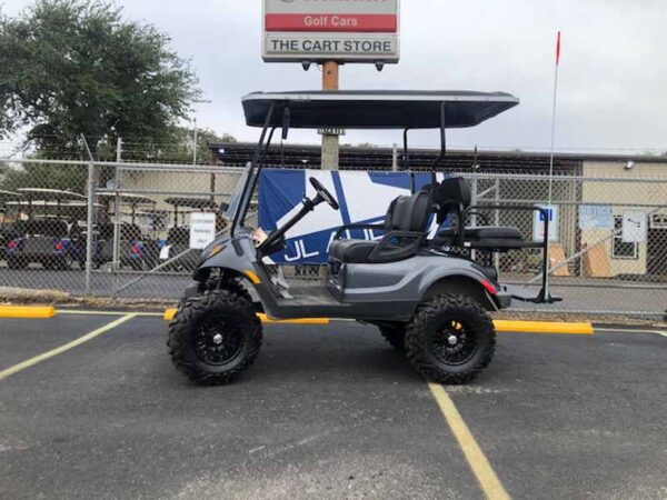 Used 2016 EFI gas Yamaha golf cart 1