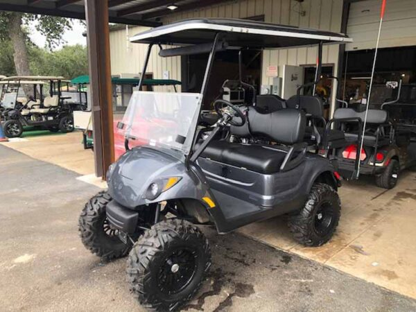 Used 2016 EFI gas Yamaha golf cart 7