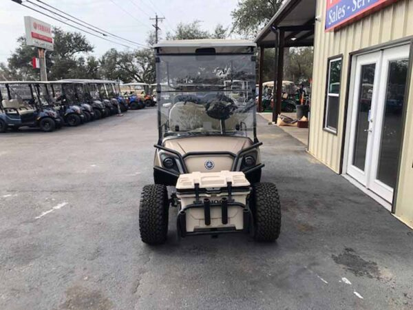 New 2021 Yamaha 6 passenger efi gas golf cart 3